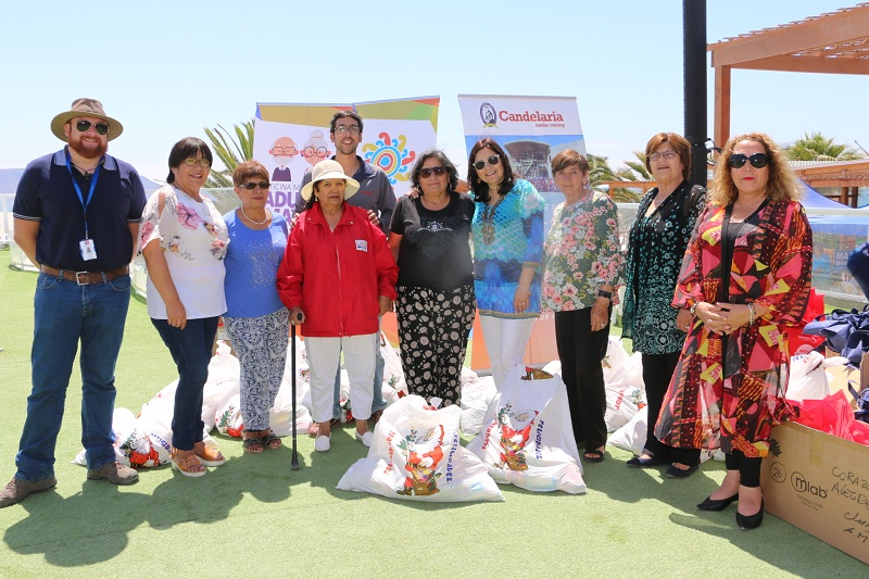 ADULTOS MAYORES RECIBIERON CANASTAS FAMILIARES EN CALDERA