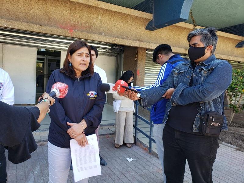 ALCALDESA DE CALDERA RESPALDA POSTURA DEL COLEGIO MEDICO